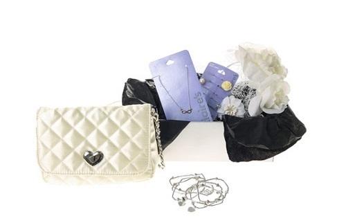 Caja de Regalo con accesorios de fiesta de Claire's