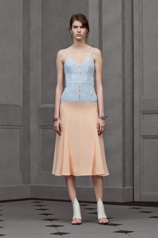 Falda y top en pastel de Balenciaga
