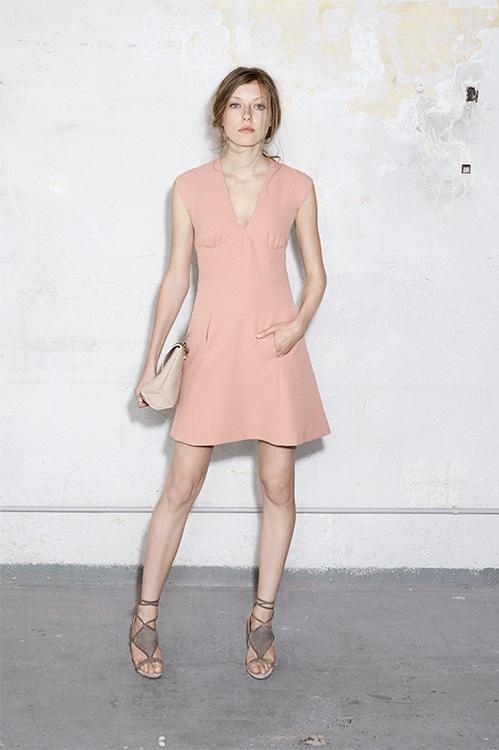 Vestido rosa cuarzo de Hoss Intropia
