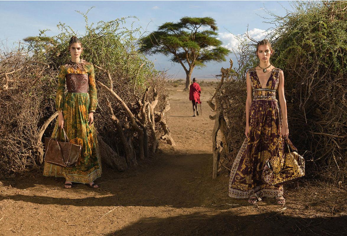 Estilo tribal africano de Valentino