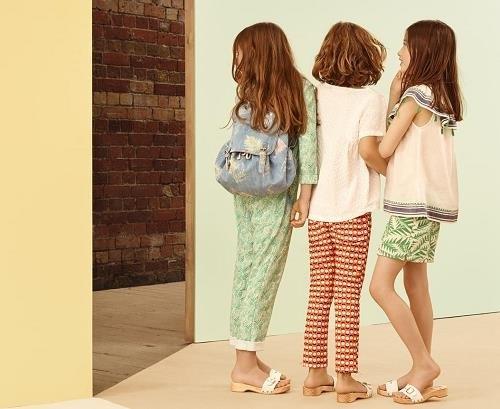 Prendas infantiles de estilo hawaiano de Zara online