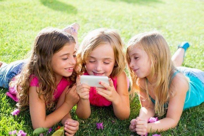 El uso del móvil en niños