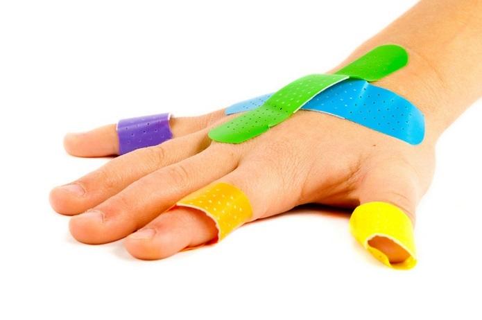 Cómo tratar heridas y quemaduras leves en niños