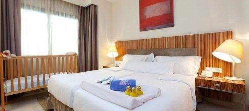 Hoteles tem ticos para ni os en espa a la mejor selecci n for Hoteles con habitaciones familiares en espana